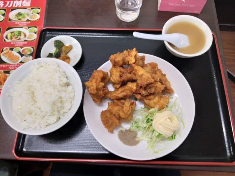 餃子太郎の唐揚げ定食